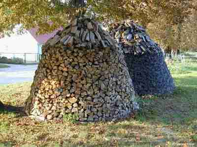Firewood_Stack_Tyrolese_style